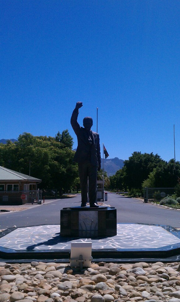 Statue in Paarl 2